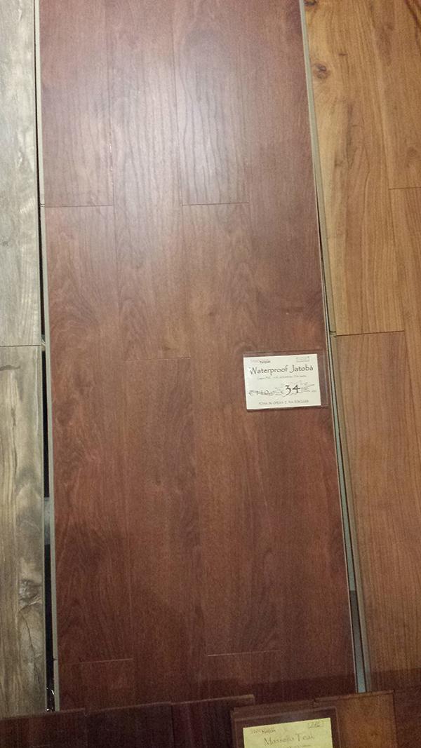 Pavimenti laminati per bagno simple cool stunning parquet for Pavimenti ikea laminati