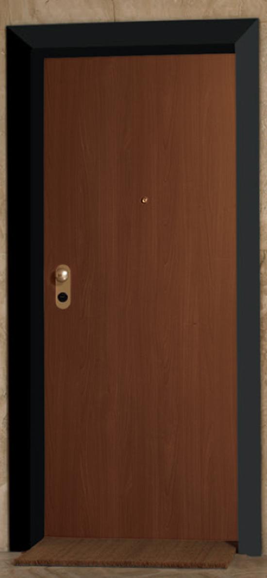 porte blindate da esterno dierre Monfort artigiana è un'azienda di brescia specializzata in montaggio e posa di cancelli, porte blindate e da interni, serrature, tapparelle blindate.